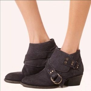 Free People Tortuga Ankle Booties Size 7